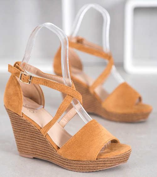 Moderné hnedé letné spoločenské sandále
