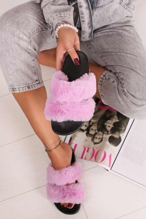 Papuče s gumovou podrážkou a ružovou kožušinou