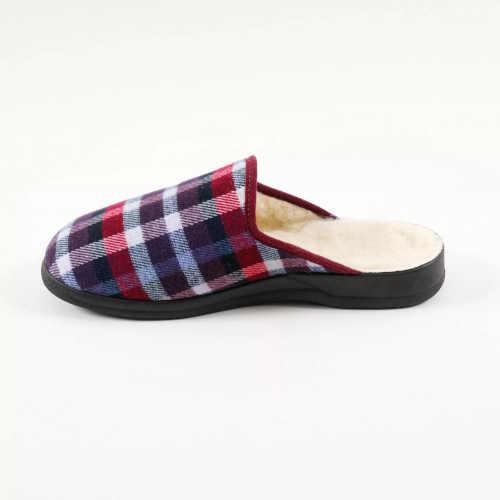 Pánske papuče s kockovaným vzorom