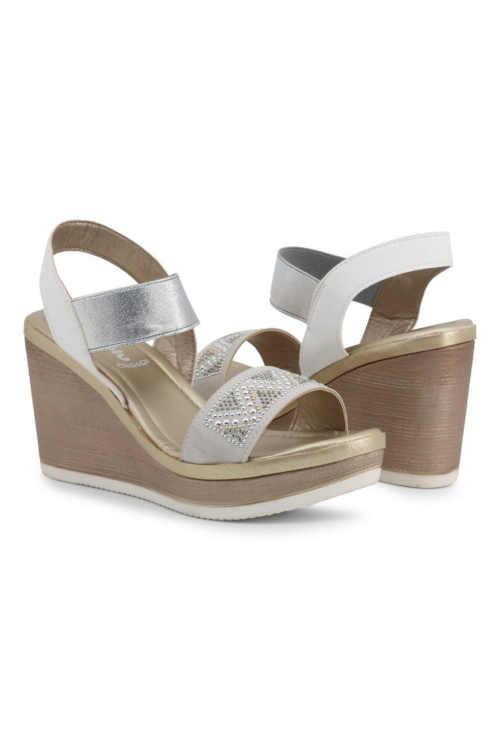 Biele dámske sandále s remienkami