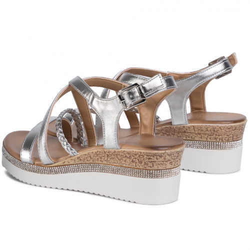 Dámske moderné sandále s remienkom