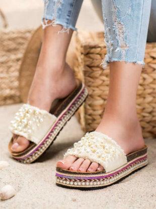 Dámske ponožky na platforme zdobené korálkami