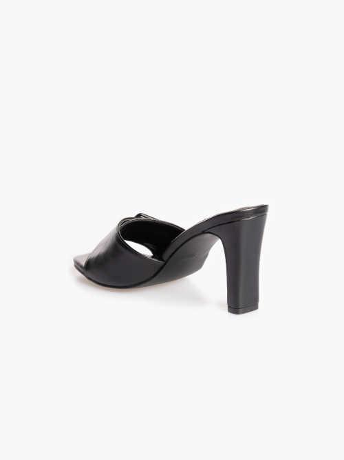 Elegantné dámske letné papuče