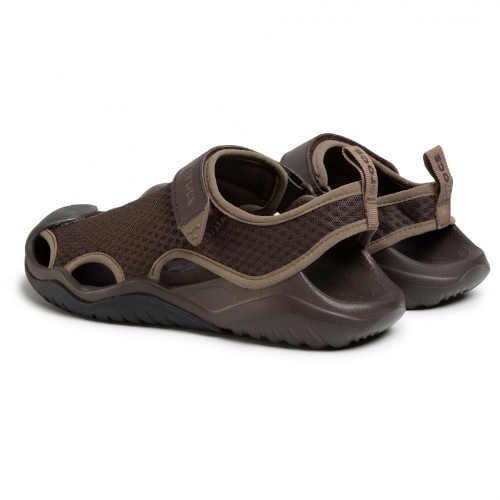 Hnedé sandále Crocs pre mužov