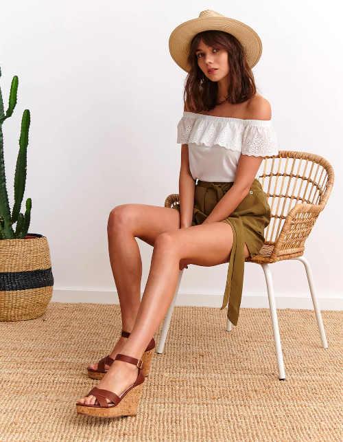 Dámske hnedé sandále na klinoch