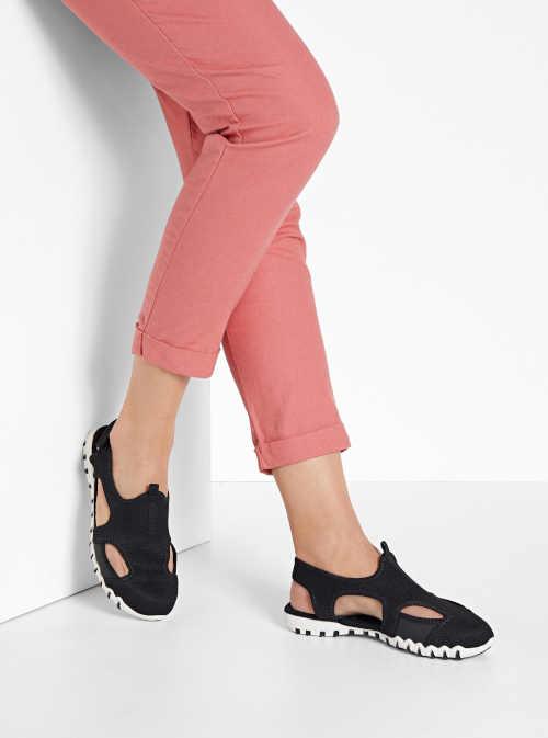 Trekingové sandále na suchý zips